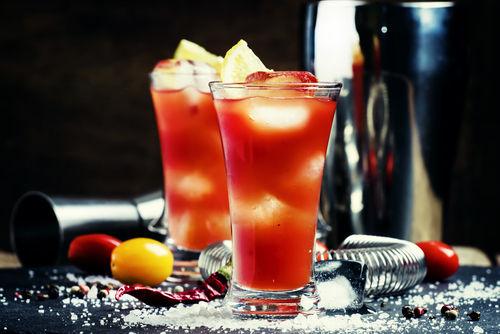 焼酎トマトジュースなど焼酎にまつわる健康的な飲み方いろいろ