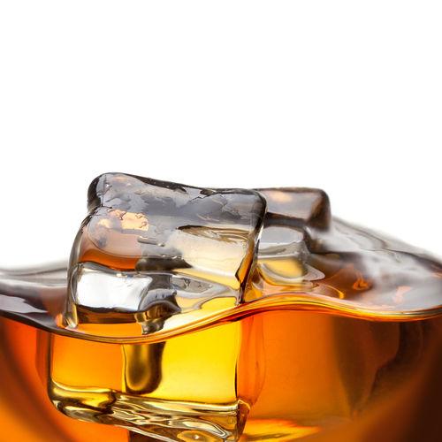水やアイス(氷)にもこだわりたい! ウイスキーのおいしい飲み方
