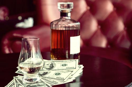 世界で人気のウイスキー・響は種類も豊富!