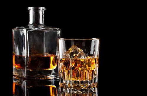 デキャンタでウイスキーをもっとたのしもう