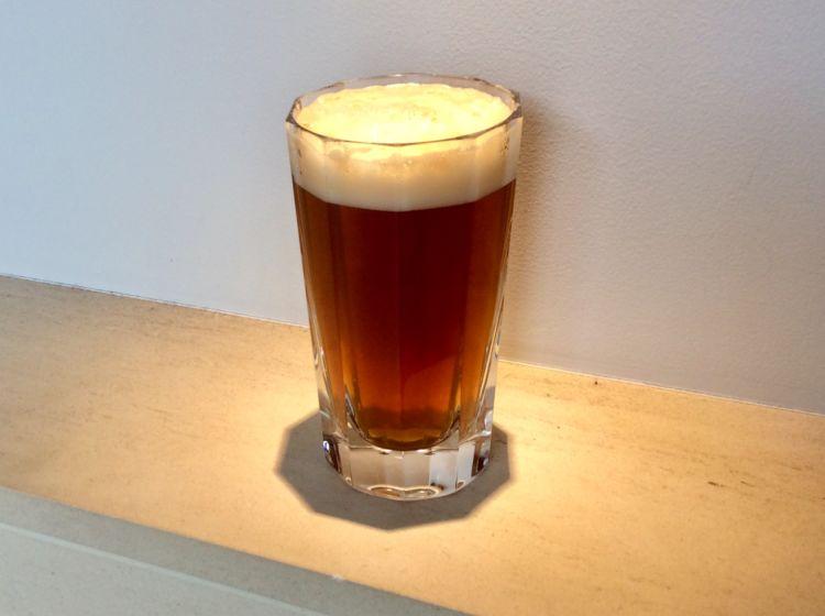 コーヒーファンにおすすめのカクテル「カフェ・コン・セルベッサ」