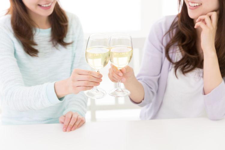 日本酒と炭酸の素敵な出会い! お酒好き女子に人気のスパークリング日本酒とは?