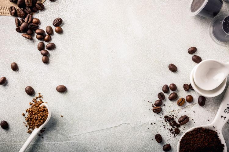 焼酎にコーヒーを漬け込んだ「コーヒー焼酎」! 焼酎の新しい飲み方がひそかな人気