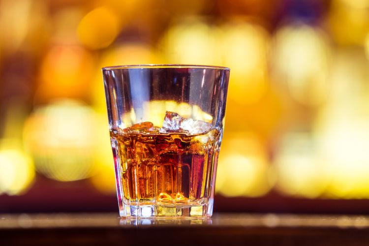 ウイスキーのショットの容量ってどれくらい?