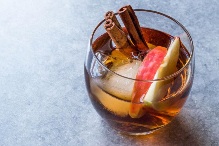 りんご漬込みウイスキーを仕込んでみませんか?