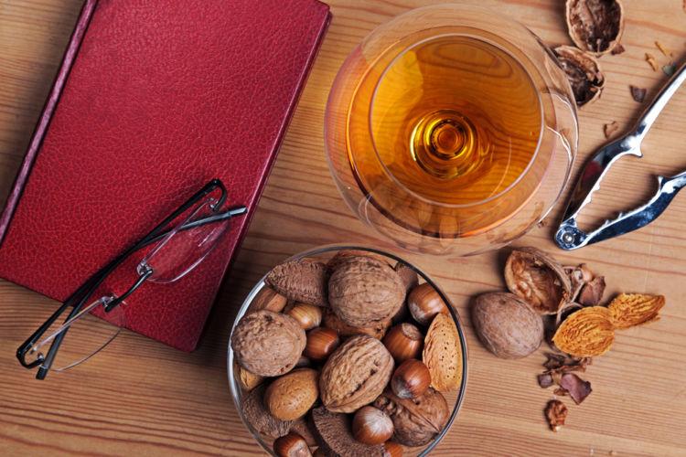 ウイスキーと好相性なナッツの魅力を知ろう