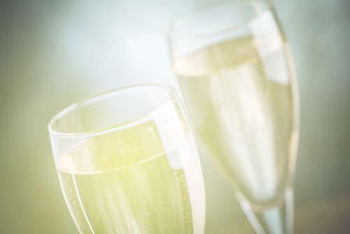 日本酒界に新たな風!?「スパークリング日本酒」を飲んでみよう!