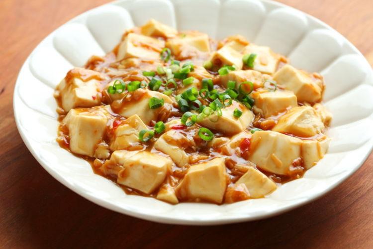 麻婆豆腐風のヘルシーなおつまみ「レンジなめ茸豆腐」