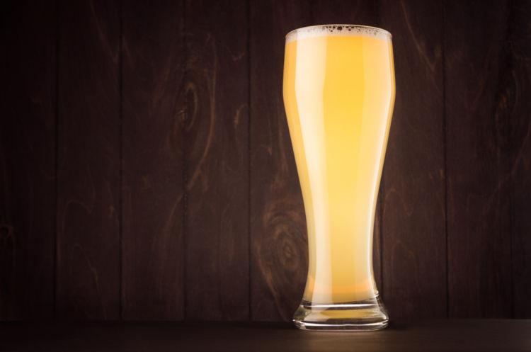 「白ビール」とも呼ばれる南ドイツの「ヴァイツェン」はどんなビール?