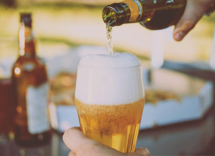 「ボイラーメーカー」はビールとウイスキーを合わせたカクテル