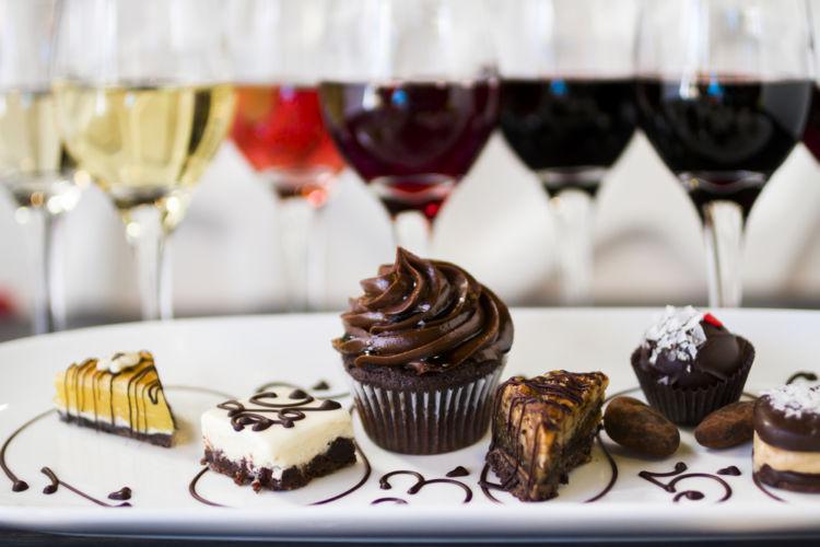 どう合わせたらいいの?ワインとチョコレートの相性を解説