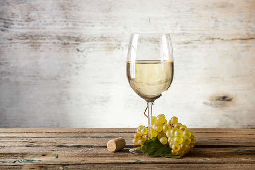 辛口白ワインならシャブリ!ブルゴーニュの名産ワインをたのしもう
