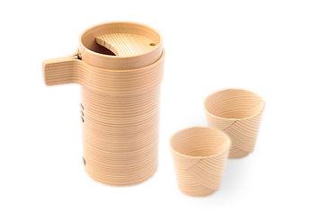 ほのかな天然杉の香りが樽酒のよう! 伝統の技が活きる、曲げわっぱの酒器