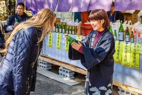 日本酒=SAKEが、海外で愛される理由とは?
