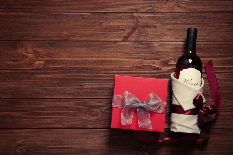 ワインの包み方を工夫して安全に&センスよく!