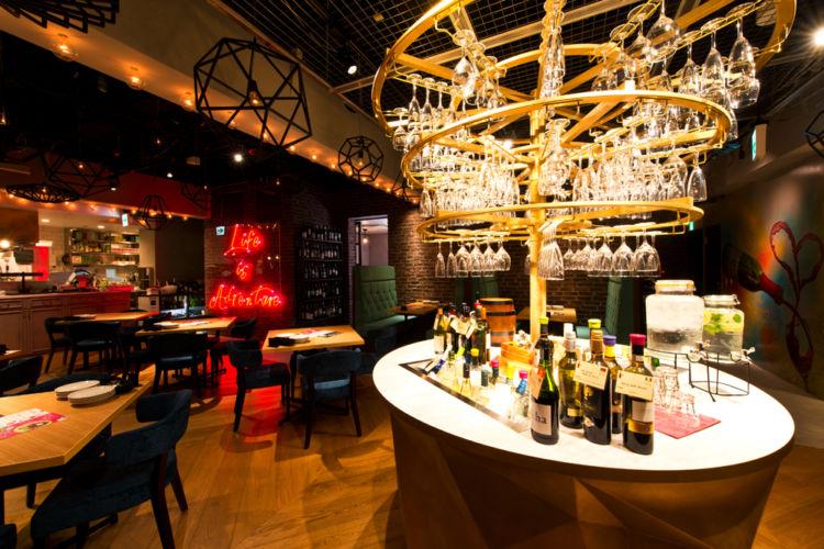 新宿のレストランで「BYO」がスタート。好きなワインを持ち込んでOK!