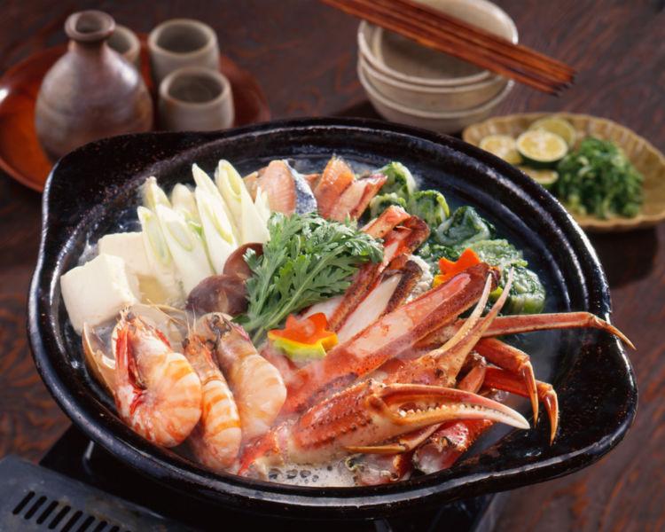 日本酒と相性のよい鍋料理を冬以外にもたのしみたい!