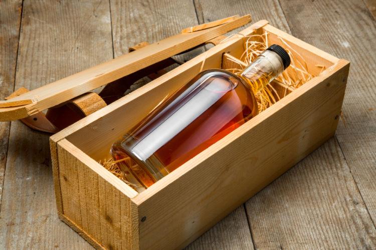 ウイスキーの名前入れ(名入れ)は、大切な人へのプレゼント!