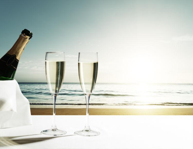 朝ワインから始める、優雅な休日の過ごし方