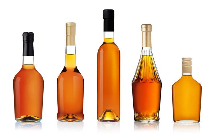 ウイスキーのボトルサイズ、容量別にメリットを考えてみた