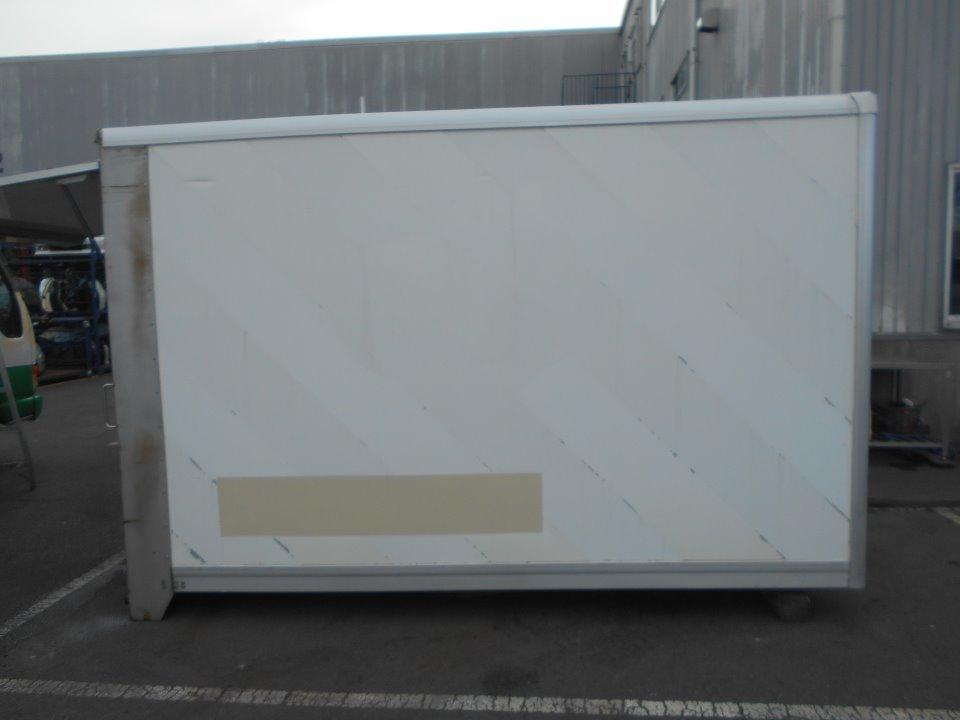 荷箱(アルミ) 外寸 縦1830×横3300×高2220