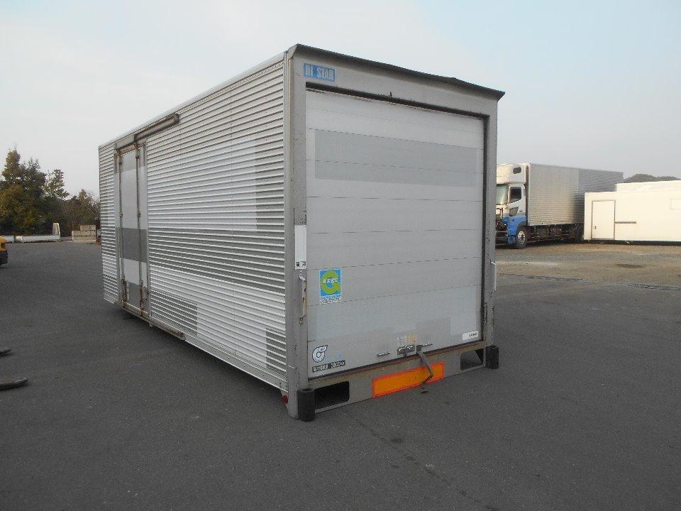 荷箱(アルミ) 外寸:256×224×587cm