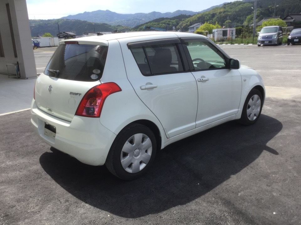 SUZUKI Swift   Ref:SP231571     4/21