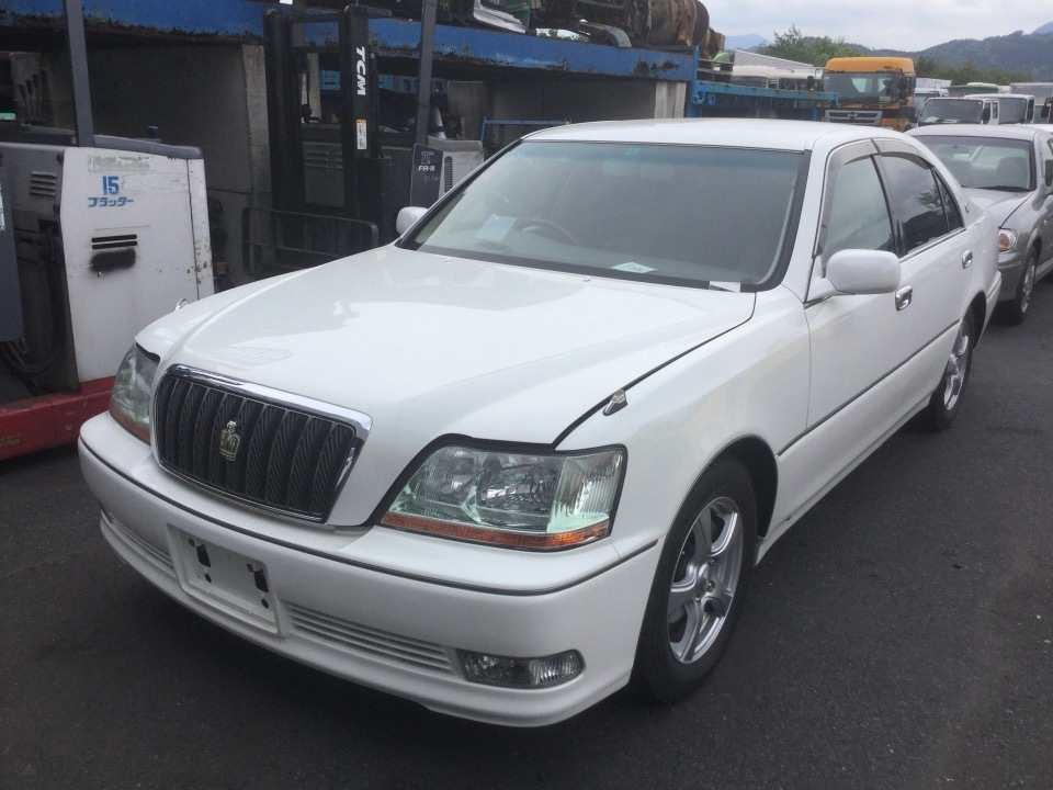 TOYOTA Crown Majesta   Ref:SP232323     2/8