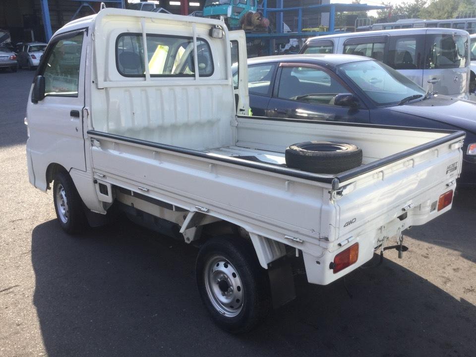 DAIHATSU Hijet Truck   Ref:SP232404     2/7