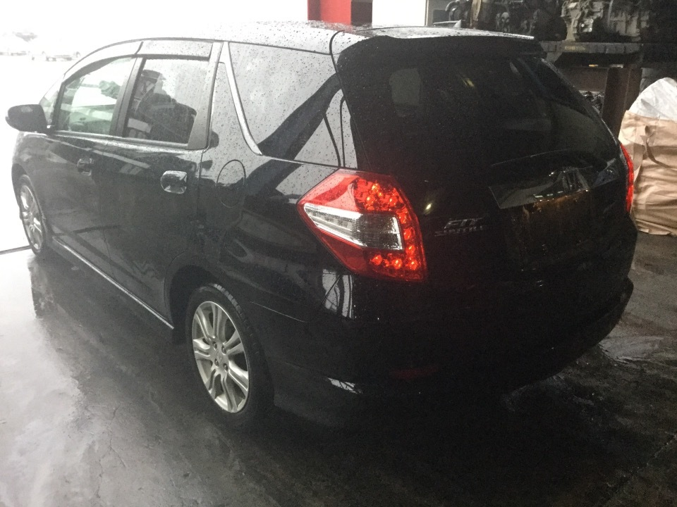 HONDA Fit Shuttle   Ref:SP232433     3/13