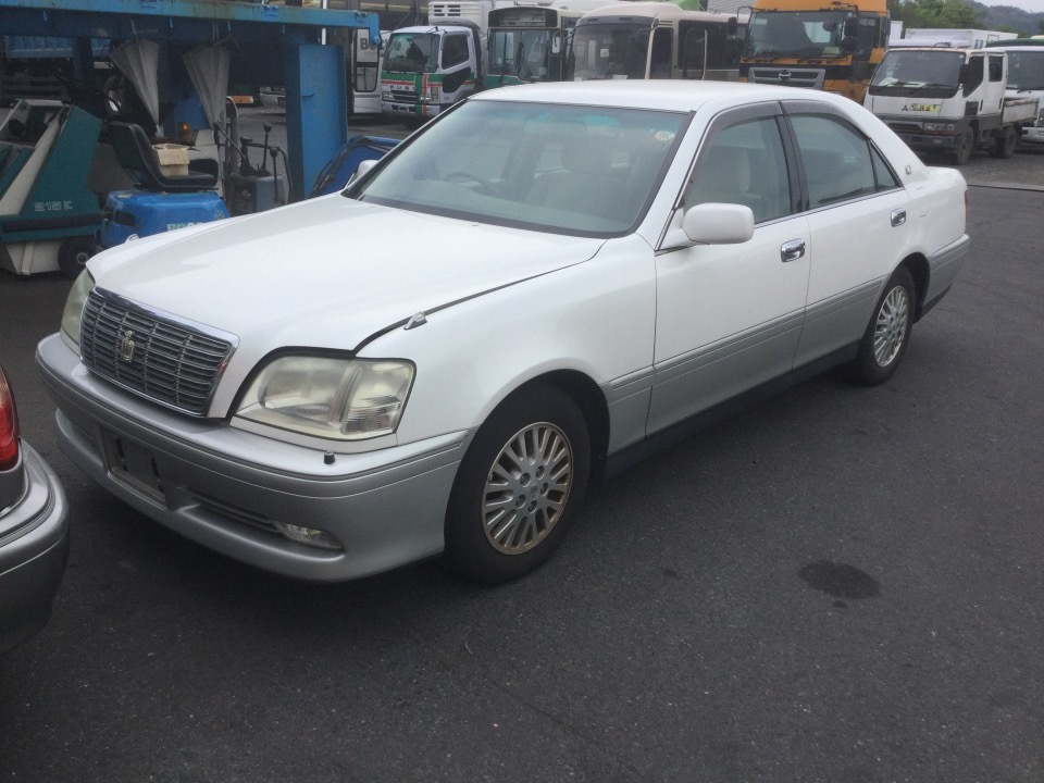 TOYOTA Crown   Ref:SP232539     2/13