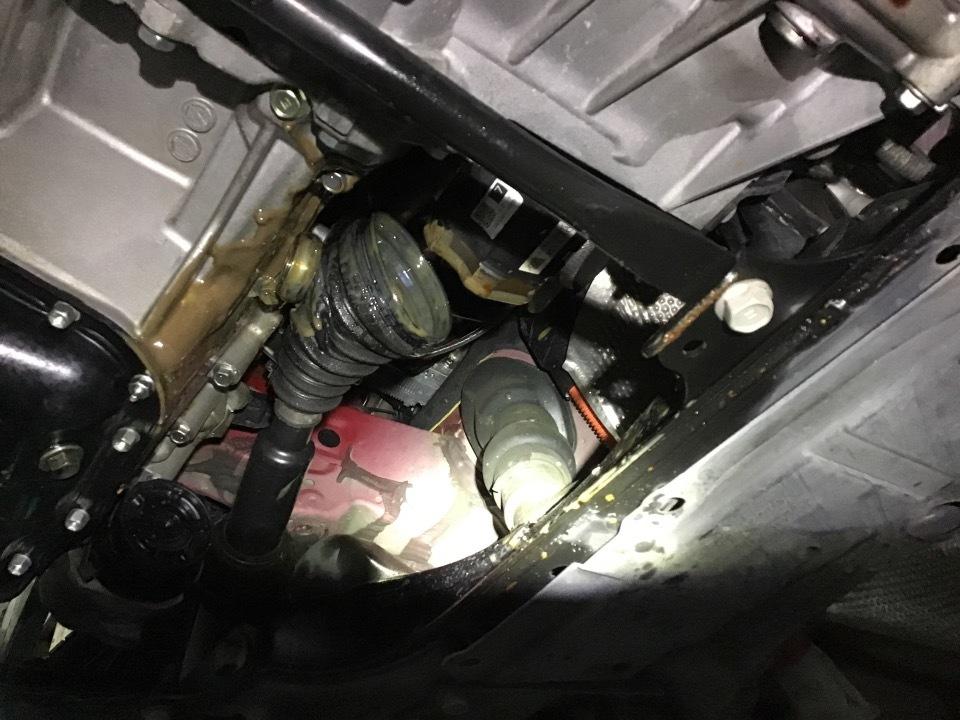 TOYOTA Prius   Ref:SP233255     22/26
