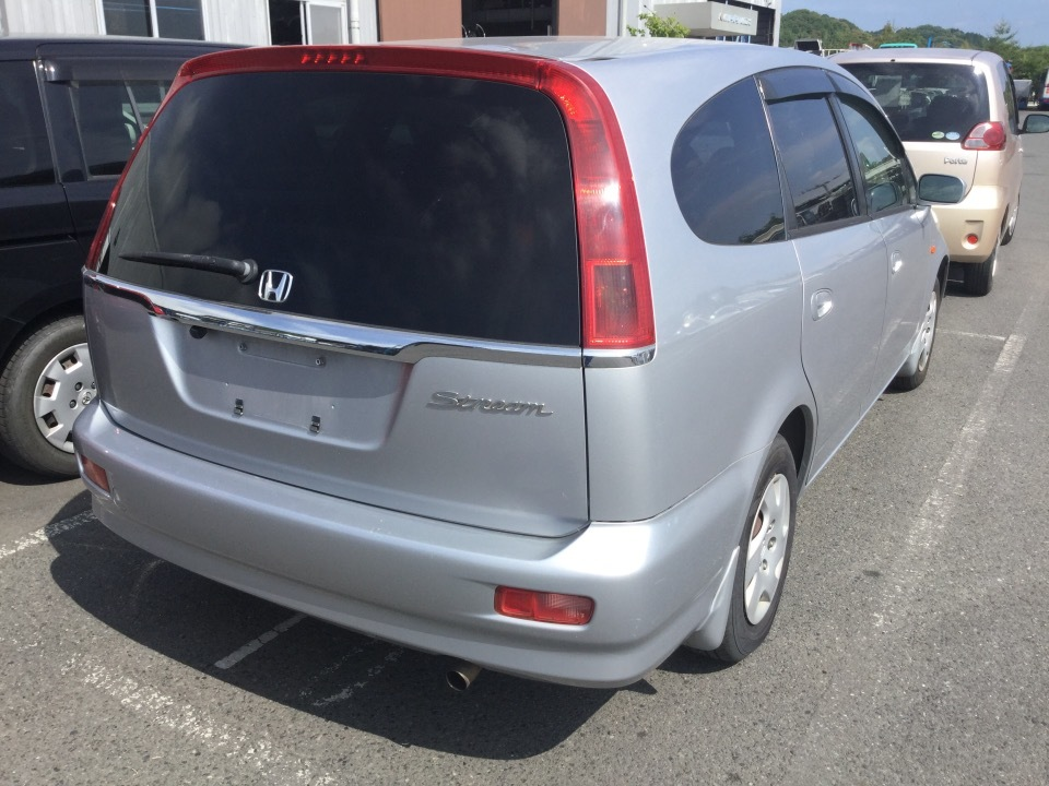 HONDA Stream   Ref:SP233543     4/15