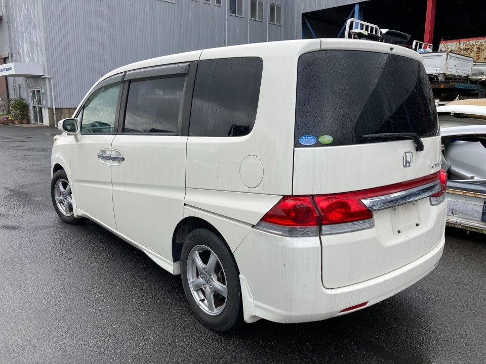 HONDA ステップワゴン DBA-RG1