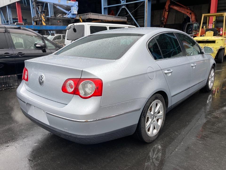 Volkswagen パサート GH-3CAXX