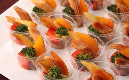 彩り野菜のガーリックオイル和え