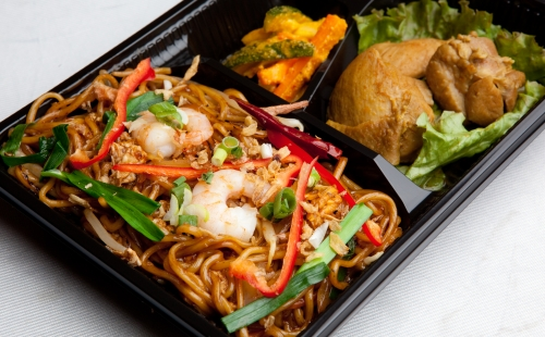 Fried Noodle bento (Mee goreng)