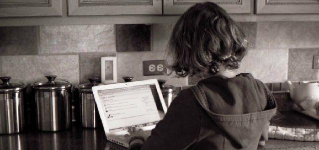 New stockvault laptop girl104388