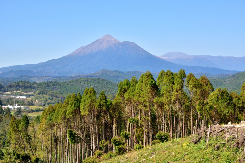 Mount Kirishima - 5 Gunung Berapi Vulkanik di Jepang yang Menakjubkan