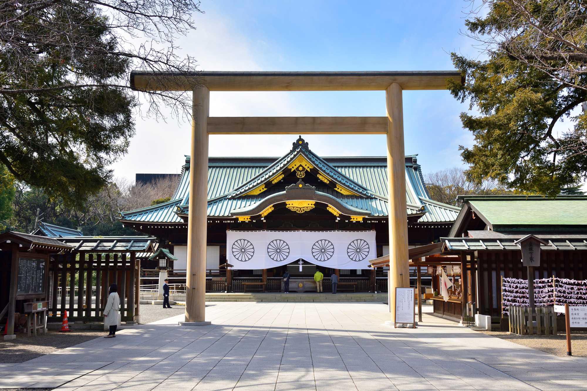 靖国神社】日本の歴史と共に歩んできた場所|THE GATE|日本の旅行観光 ...