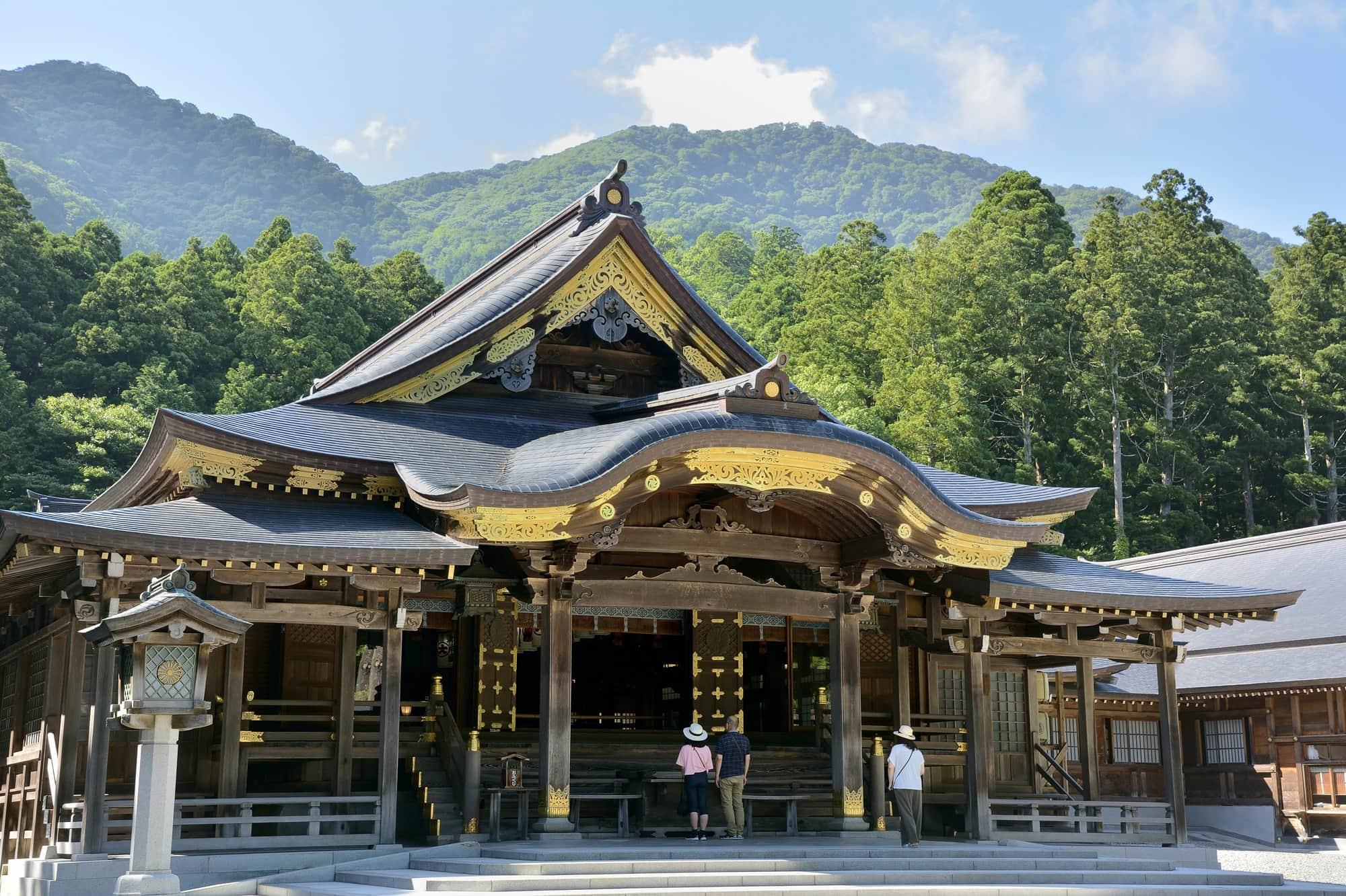 神社 弥彦 新潟県最強パワースポット弥彦神社参拝前に確認すべき10の事