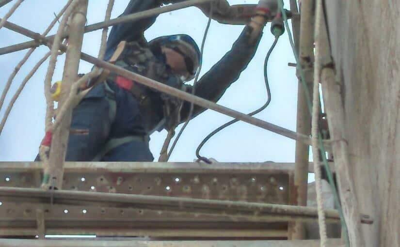 台中港水泥儲槽開孔工程