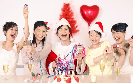 パーティー・クリスマスにぴったりの華やかヘアアレンジ