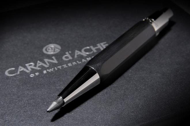 「バリアス アートスケッチャー メカニカルペンシル 5.5mm芯」