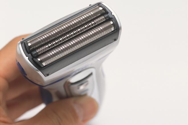 重曹で2分!ひげ剃り電気シェーバーをお掃除