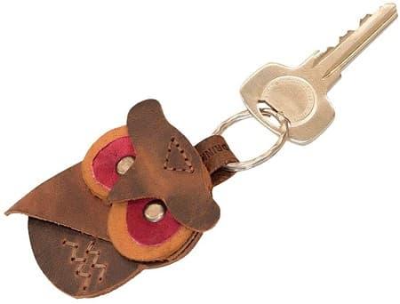 革製のキーホルダー