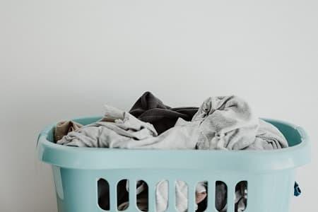 タオルに黒ずみができる原因と予防法