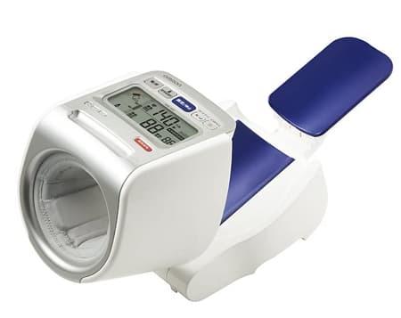 血圧計 全自動上腕式