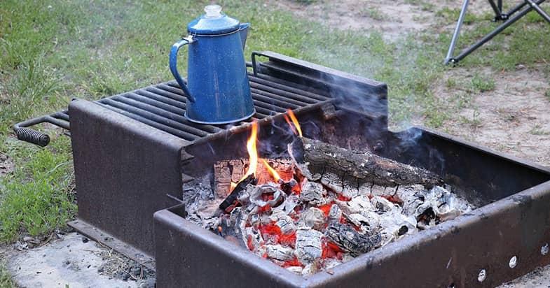 ステンレスのマグカップは直火にかけても大丈夫?