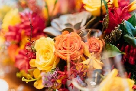 年齢ごとのお祝いカラーに合わせた花